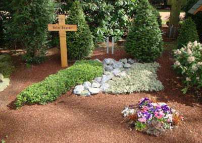 Grabgestaltung Blumen-Fragen1